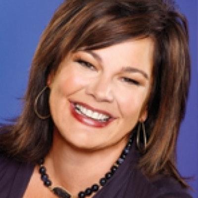 portrait photo of Lisa Harper