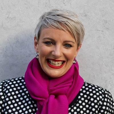 portrait photo of Lisa O'Neill