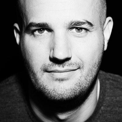 portrait photo of Stephen Witt