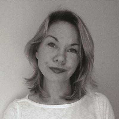 portrait photo of Kirsten Miller
