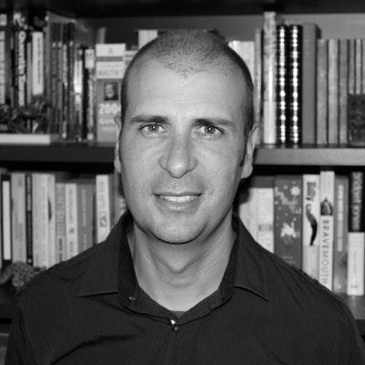 portrait photo of Patrick Loughlin