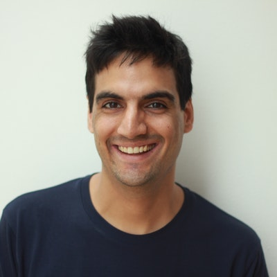 portrait photo of Vijay Khurana