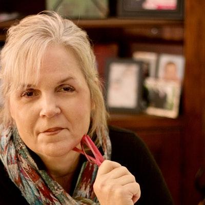 portrait photo of Carol Wall