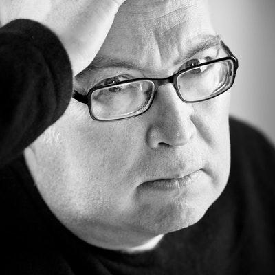 portrait photo of Stephen Jarvis