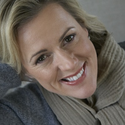 portrait photo of Jojo Moyes