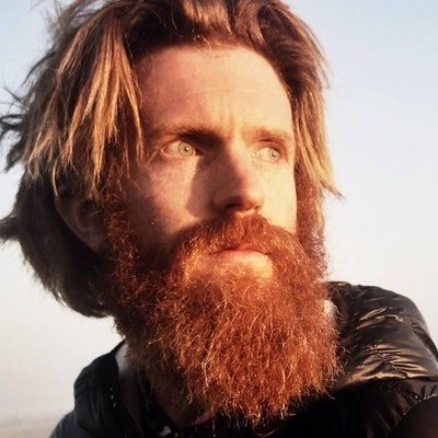 portrait photo of Sean Conway
