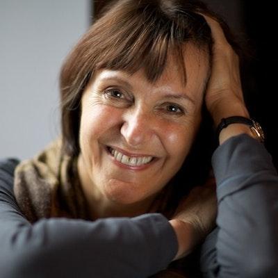portrait photo of Marina Lewycka