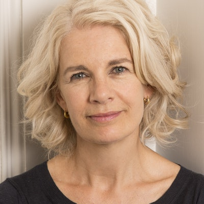 portrait photo of Renée Knight