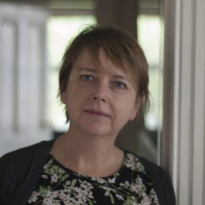 portrait photo of Helen Falconer