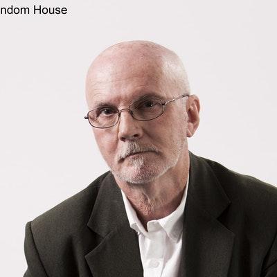 portrait photo of Terry Smyth