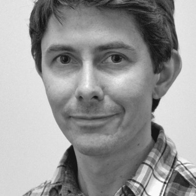 portrait photo of Tom Wainwright