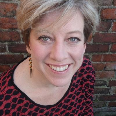 portrait photo of Jackie Copleton