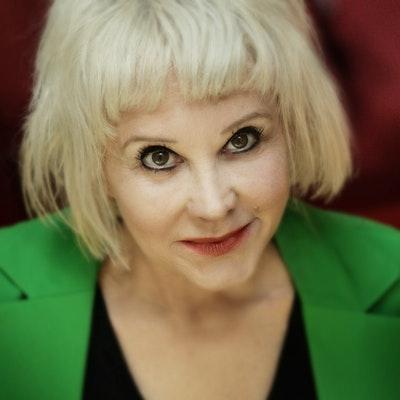 portrait photo of Avril Tremayne