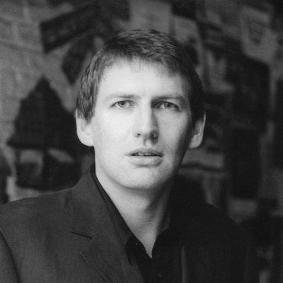 portrait photo of Alan Warner