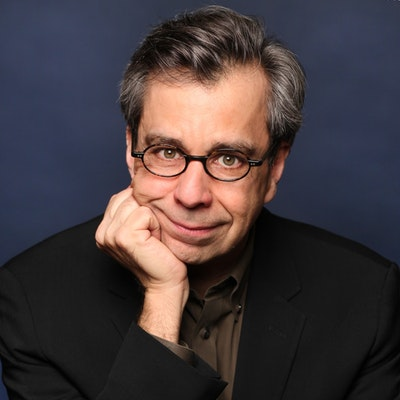portrait photo of Chris Grabenstein