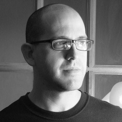 portrait photo of Joshua Gaylord