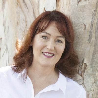 portrait photo of Vanda Vadas