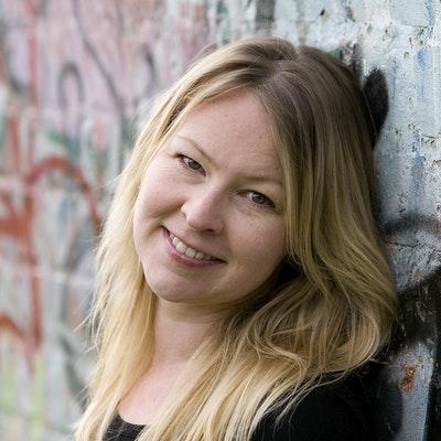 portrait photo of Michelle Robinson