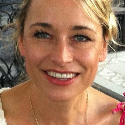portrait photo of Nancy Revell