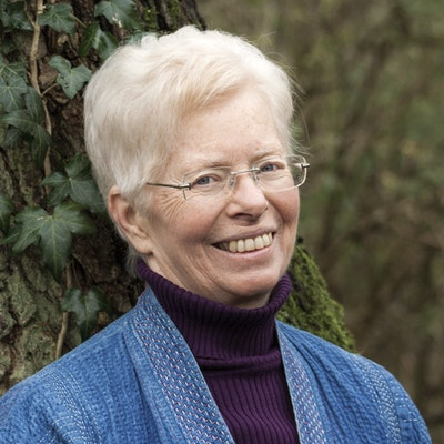 portrait photo of Kate Carne