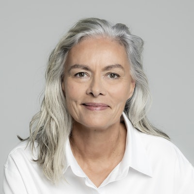 portrait photo of Patrice Newell