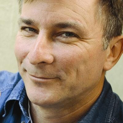 portrait photo of Evan McHugh