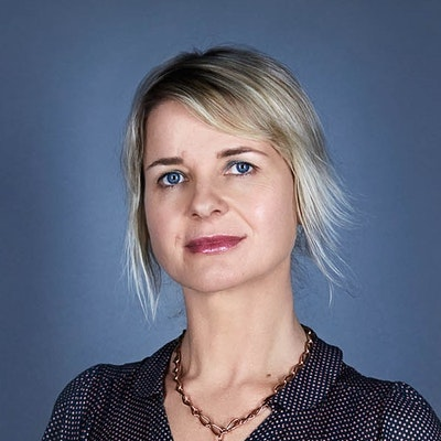 portrait photo of Sofie Laguna