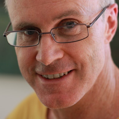 portrait photo of Matt Ottley