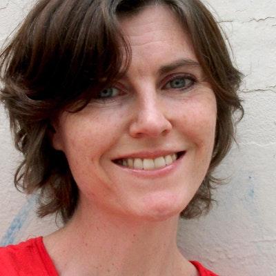 portrait photo of Lucy Estela
