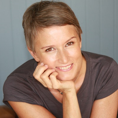 portrait photo of Megan Forward