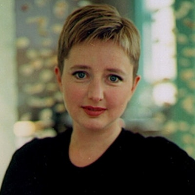 portrait photo of Georgia Blain