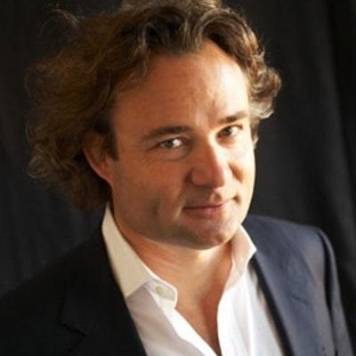 portrait photo of Richard Watson
