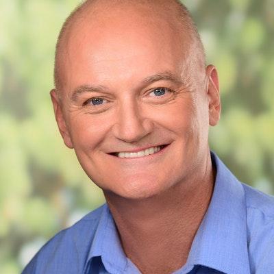 portrait photo of David Dyer