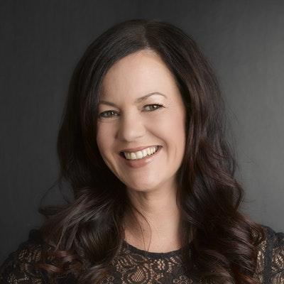 portrait photo of LeeAnn Yare