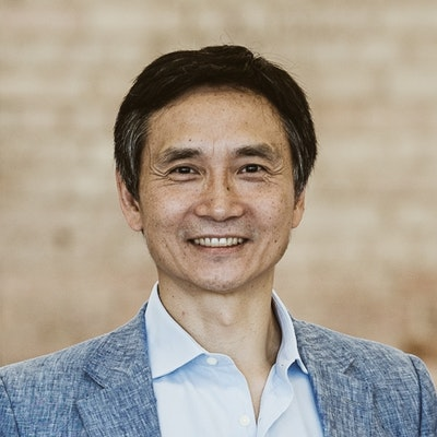 portrait photo of Li Cunxin