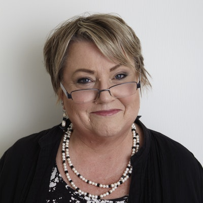 portrait photo of Anne Gracie
