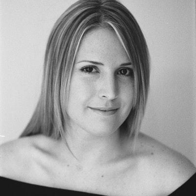 portrait photo of Lisa Joy